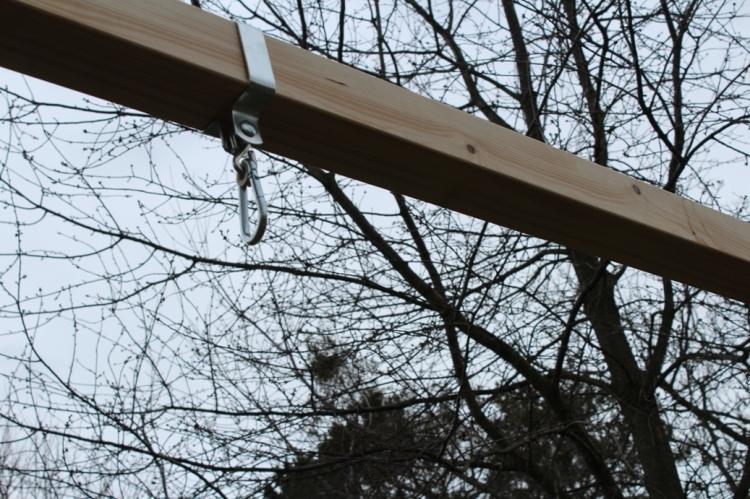 Schaukel aufstellen (c) - Aufhängung Grashüpfer